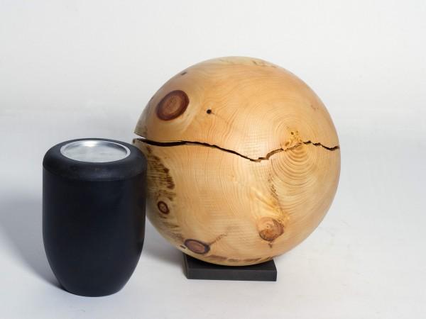 Holzurne aus einheimischer Kiefer K 158
