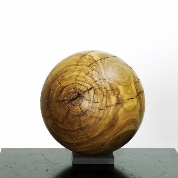 Massive Holzkugel aus Olive O 973