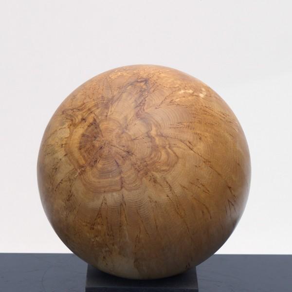 Holzkugel aus Maserbirke P 045