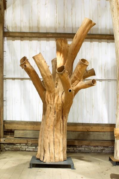 """Holzskulptur """"Obstgarten, ausladende Gestalt"""" / SKUL 090-43"""