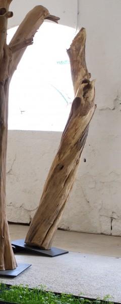"""Holzskulptur """"Obstgarten, tanzende Baumform"""" / SKUL 090-42"""