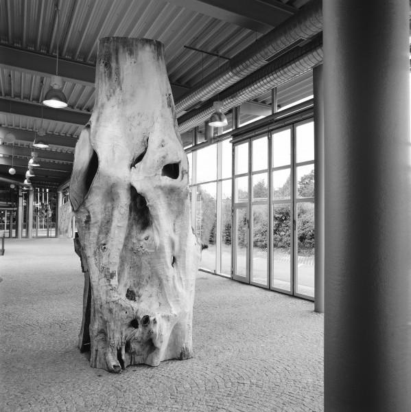 """Skulptur """"Mächtige Hülle"""" SKUL 005"""