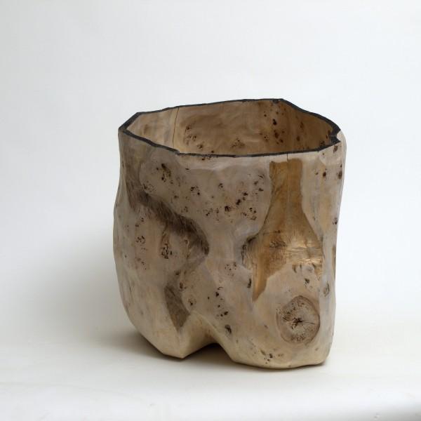 """Holzskulptur """"Gefäßform, aus einem Stammstück"""" OB 24"""