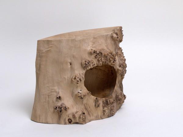 Quadratische Form mit Höhle / Obj 883