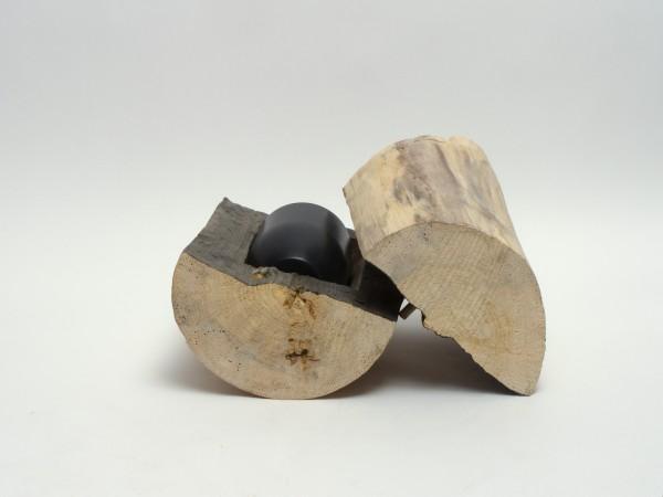 Schmuckurne aus Pappelholz, aufgespalten und ausgehöhlt B 133