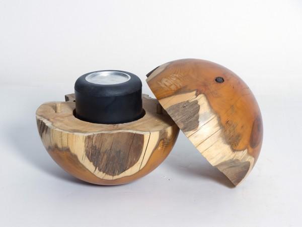 Holzurne aus Eibe K 156