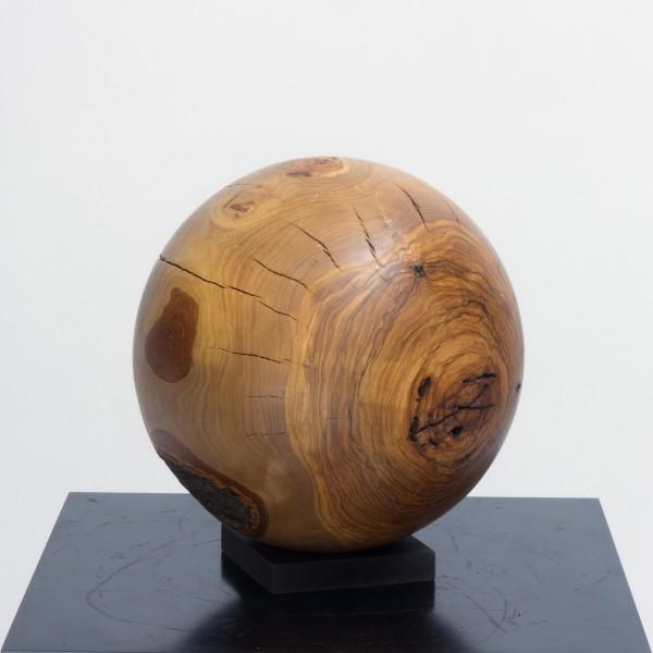 Massive Holzkugel aus Olivenholz P 023