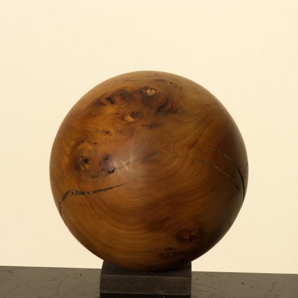 Holzkugel aus Ulmenmaser P 060