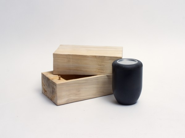 Schmuckurne aus Pappelholz Zy 105