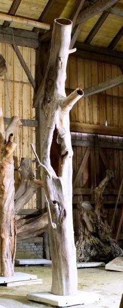 "Holzskulptur ""Obstgarten, hochragende Form"" / SKUL 090-26"