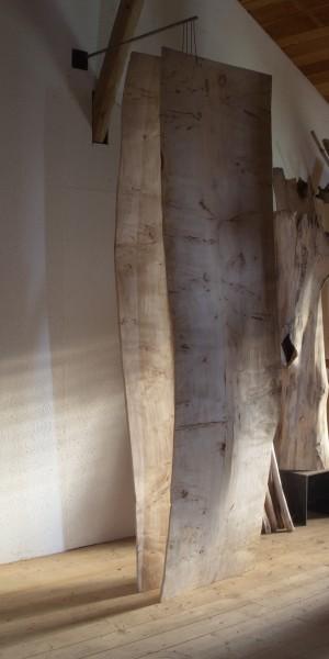 """Blattskulptur """"Zwei Blätter, gehalten, einen Raum bildend"""" SKUL 231"""