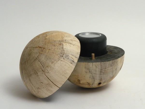 Schmuckurne aus Pappelholz K 126