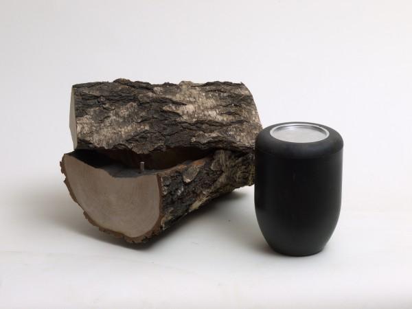 Schmuckurne aus Birkenholz, mit Rinde, Urne B 123